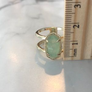 Kendra Scott Seafoam Green Stone Ring Size 7.5